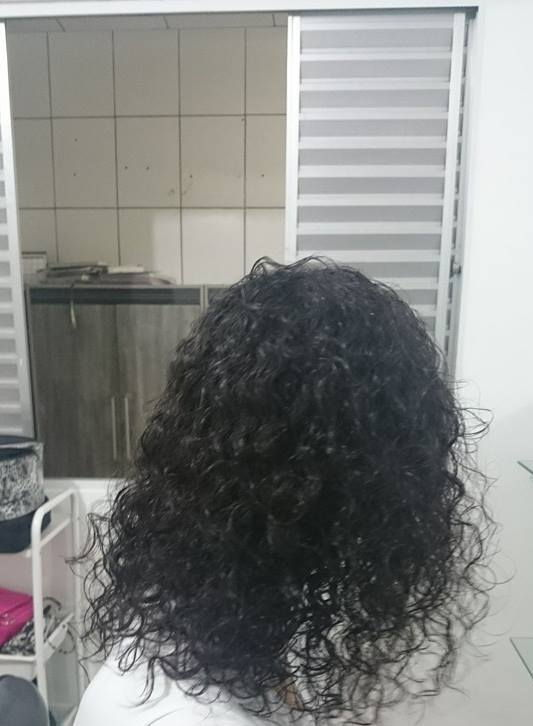 Escova progressiva - antes auxiliar cabeleireiro(a)