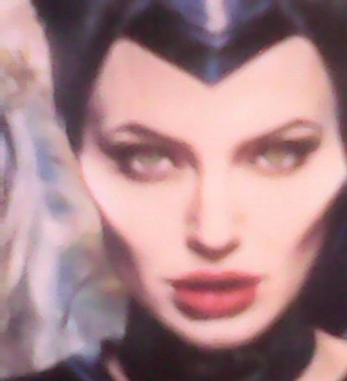 Makeup Artistica Malevola..............