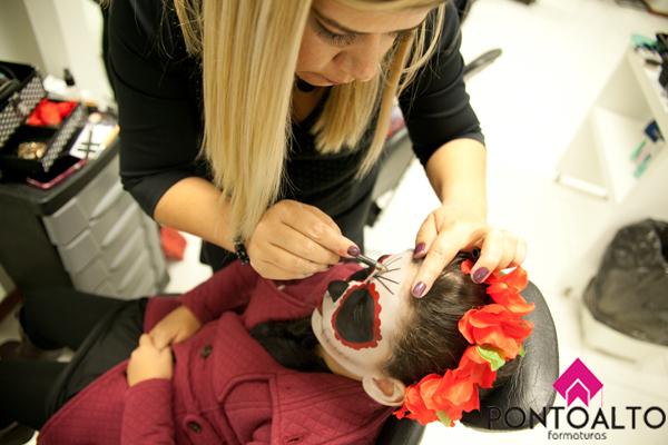 Making off maquiador(a) esteticista designer de sobrancelhas