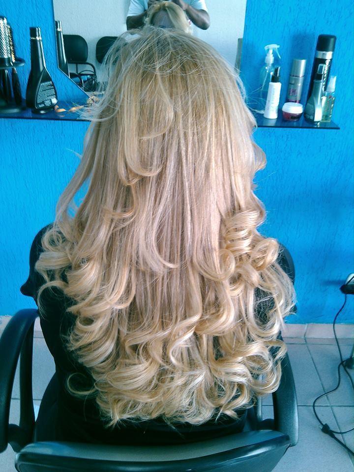 ESCOVA  CORTE E ESCOVA MOLADA  cabeleireiro(a)
