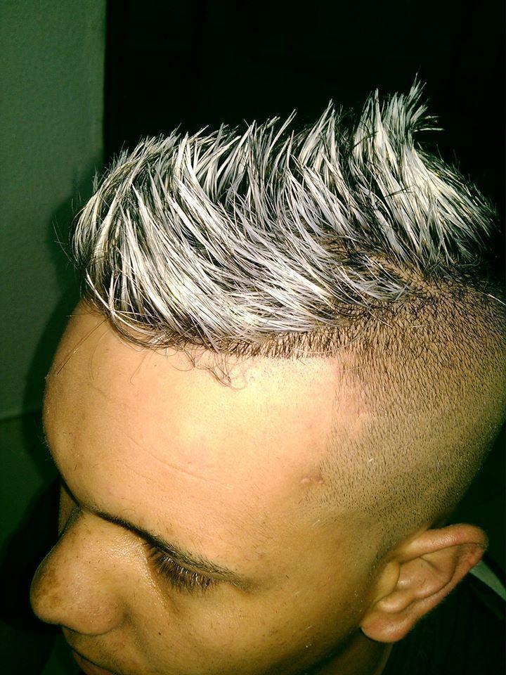 LUZES MASCULINA  LUZES MASCULINA PLATINADAS  cabeleireiro(a)