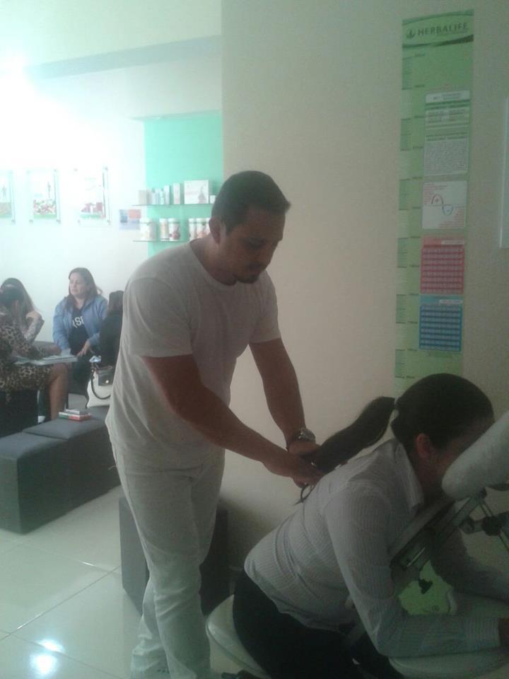 atendimento a empresa  quick massage em empresa herbalife  massoterapeuta