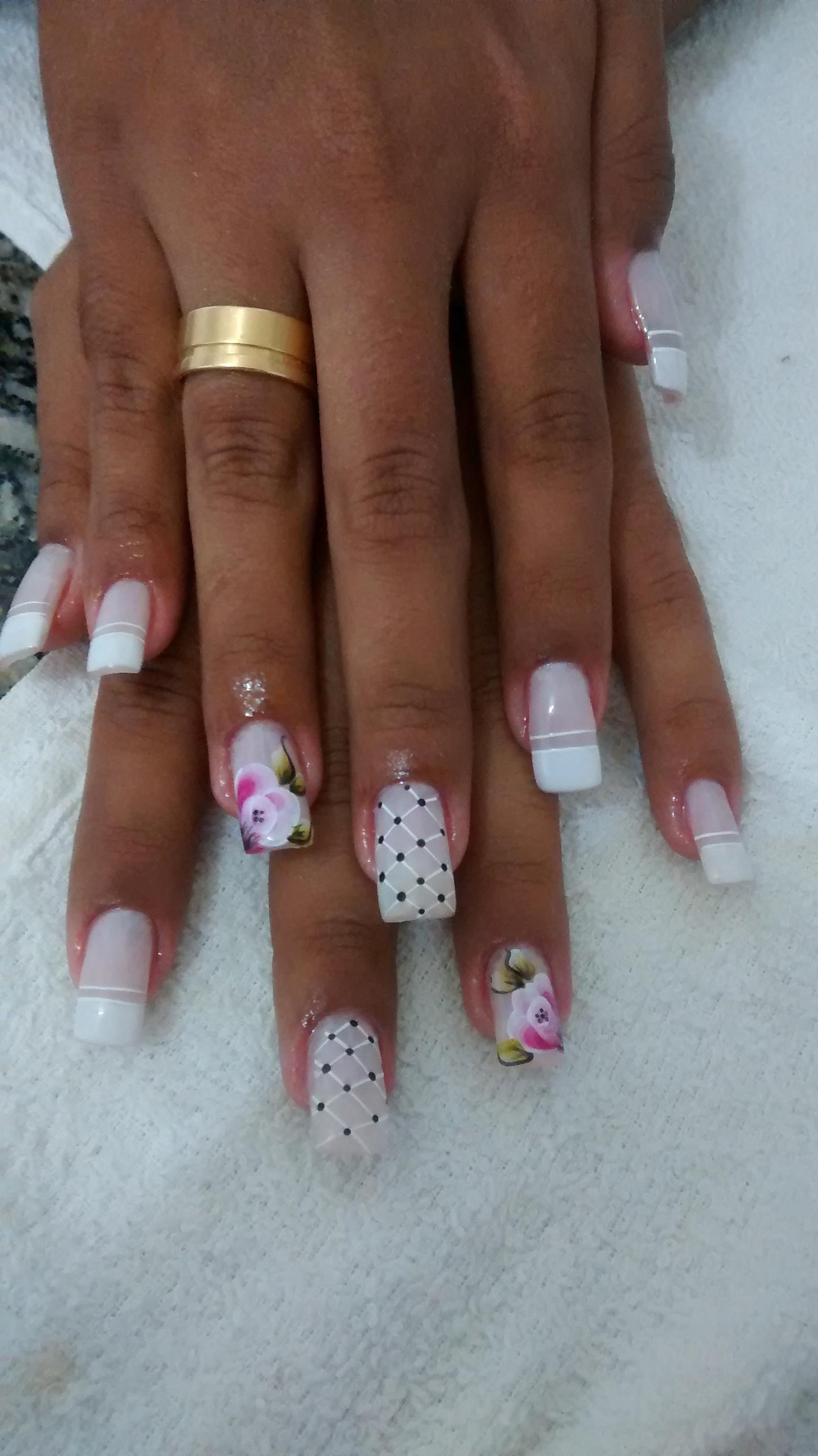 branco, francesinha, flores, preto unhas  manicure e pedicure