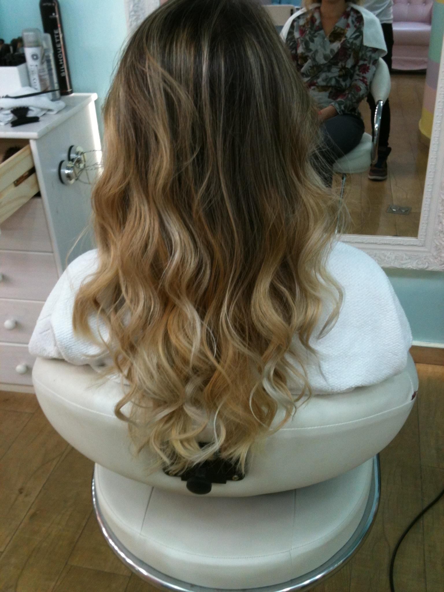 ombre hair, loiro cabelo  cabeleireiro(a) maquiador(a)