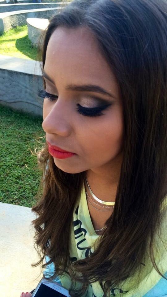 dourado, preto maquiagem  maquiador(a)