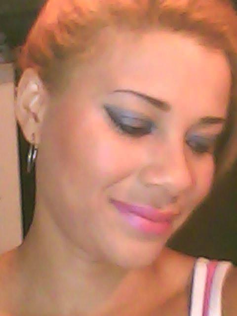 maquiagem casual pode ser usada noite,desagner e penteado LOURO COM REFLEXOS maquiagem maquiador(a) designer de sobrancelhas manicure e pedicure massagista cabeleireiro(a) outros