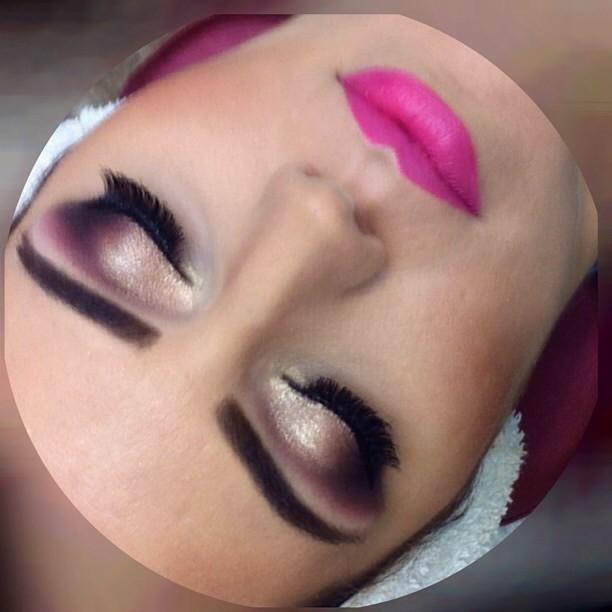 maquiador(a) micropigmentador(a) cabeleireiro(a) designer de sobrancelhas
