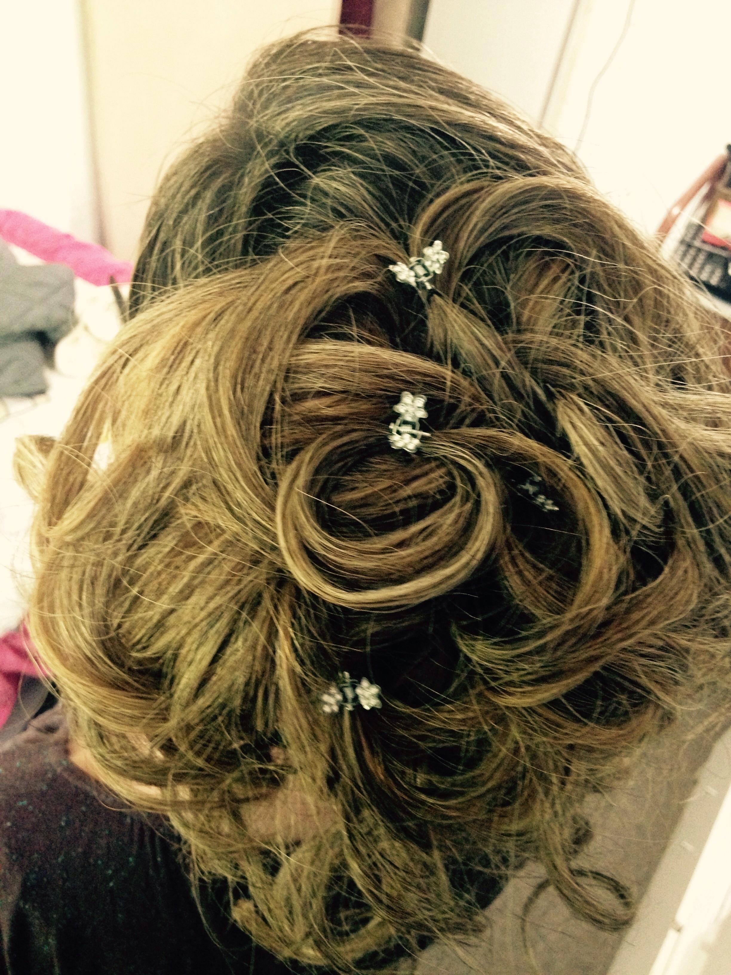 Penteado de madrinha  cabeleireiro(a)