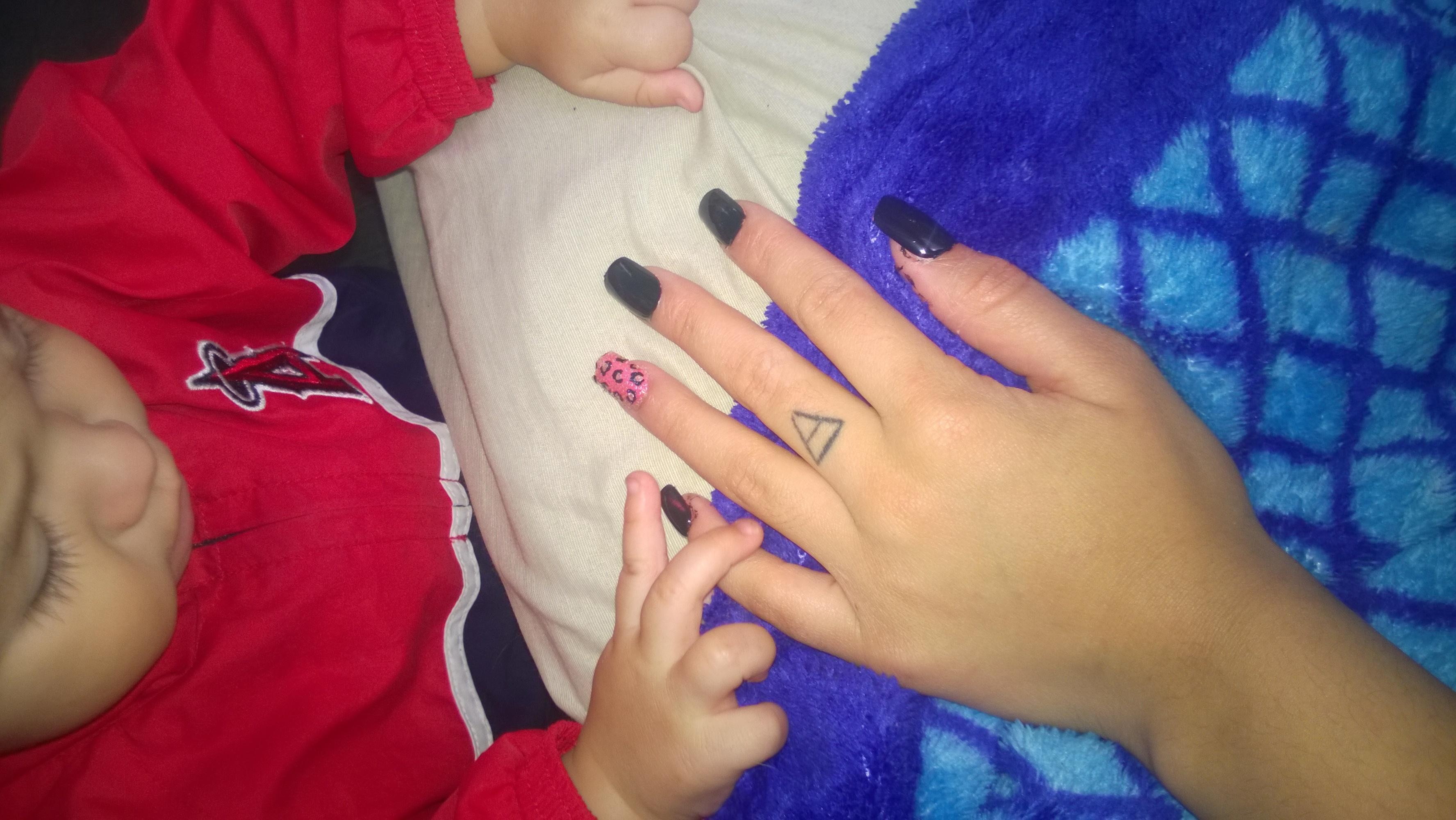 manicure e pedicure vendedor(a) babá diarista ajudante de cozinha recepcionista