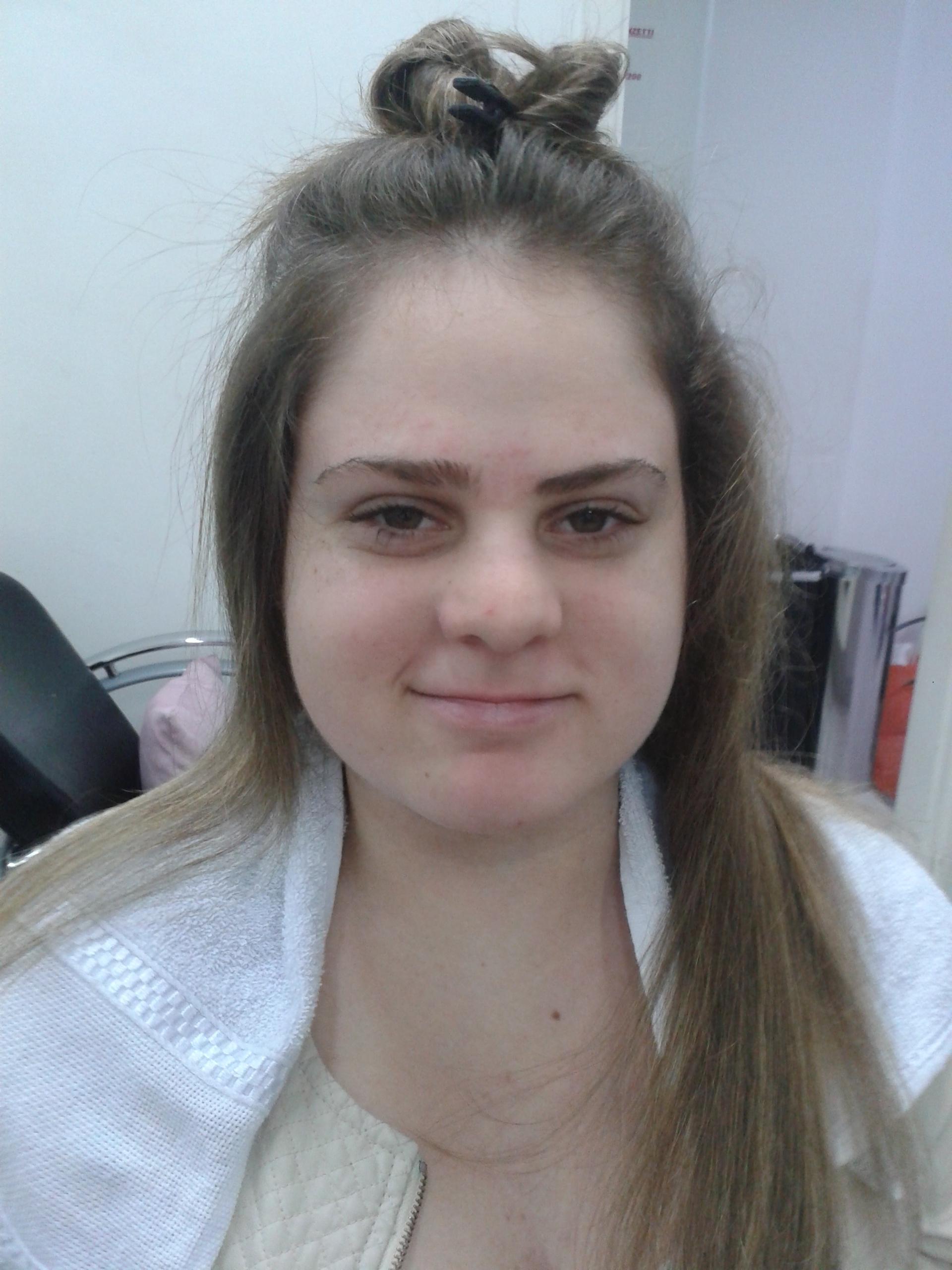 cabeleireiro(a) barbeiro(a) maquiador(a) designer de sobrancelhas depilador(a)