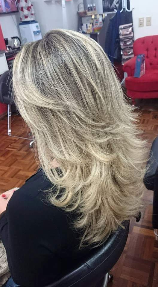 cabeleireiro(a) empresário(a) / dono de negócio maquiador(a) stylist /visagista