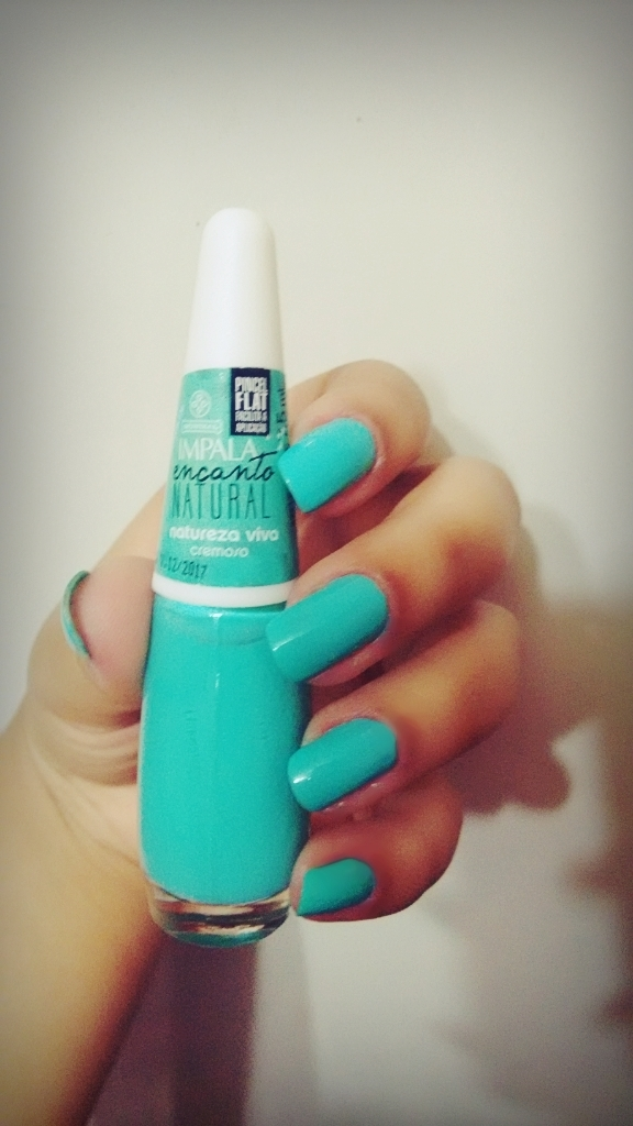 verde água, impala, dia a dia unhas  manicure e pedicure
