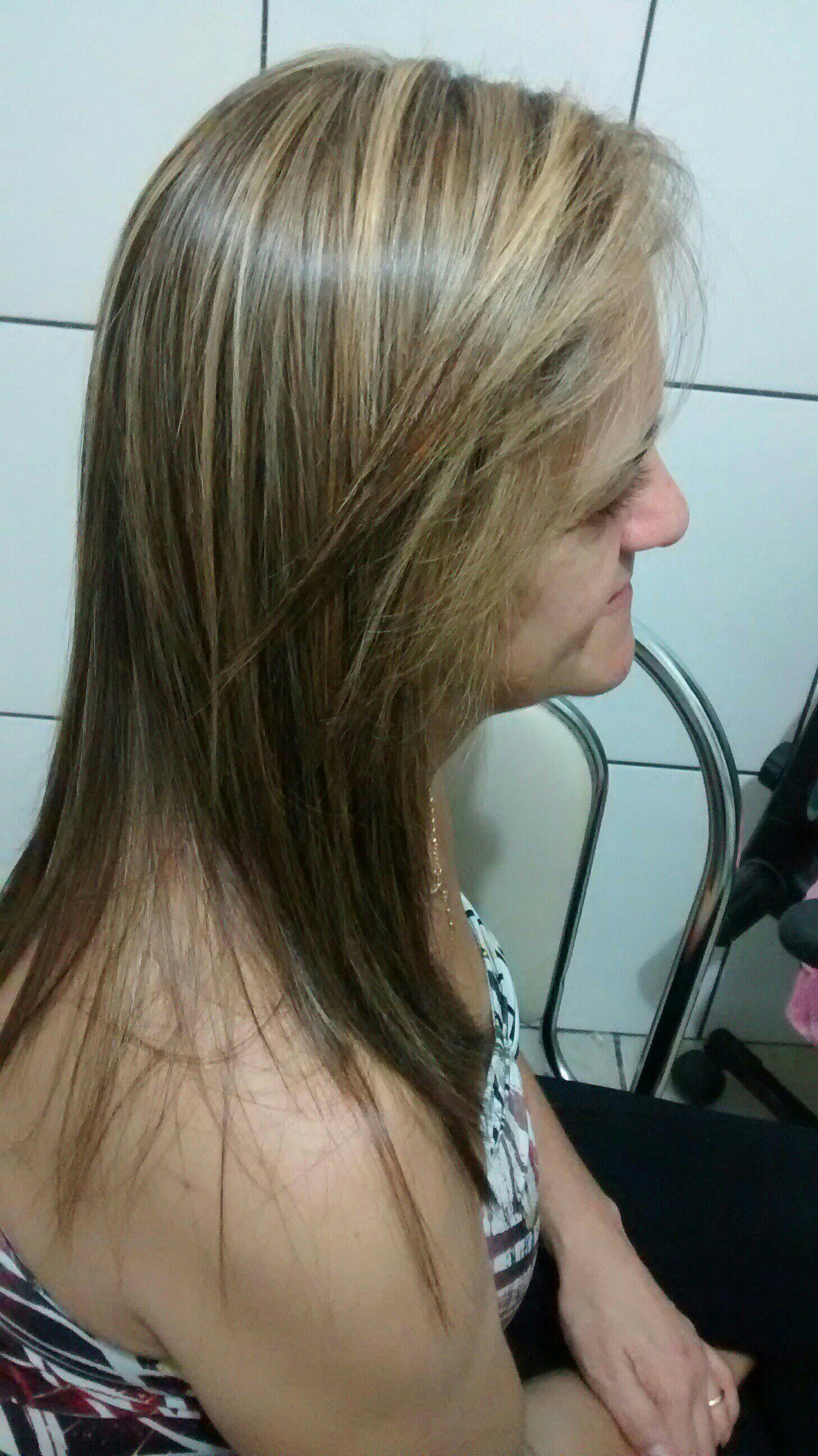 cabeleireiro(a) depiladora designer de sobrancelhas