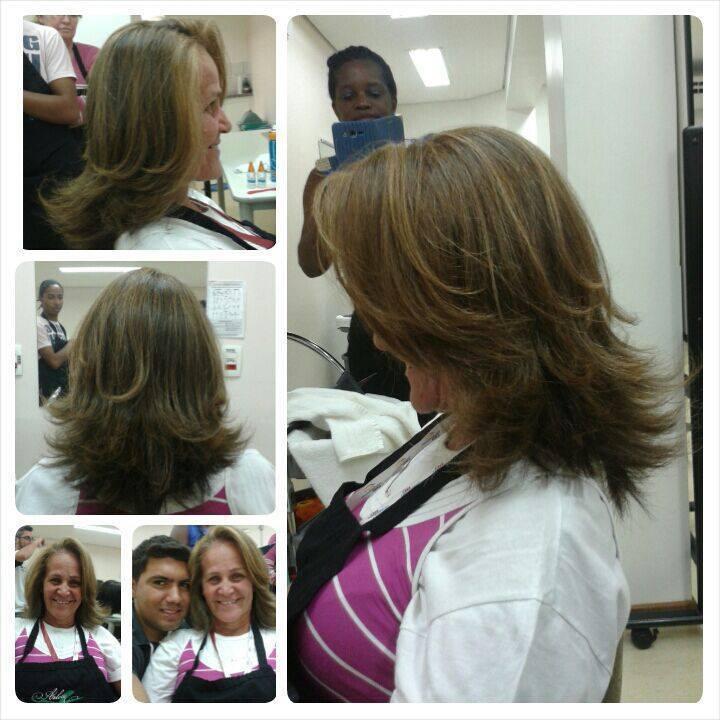 Corte e escova cabelo auxiliar cabeleireiro(a) barbeiro(a)