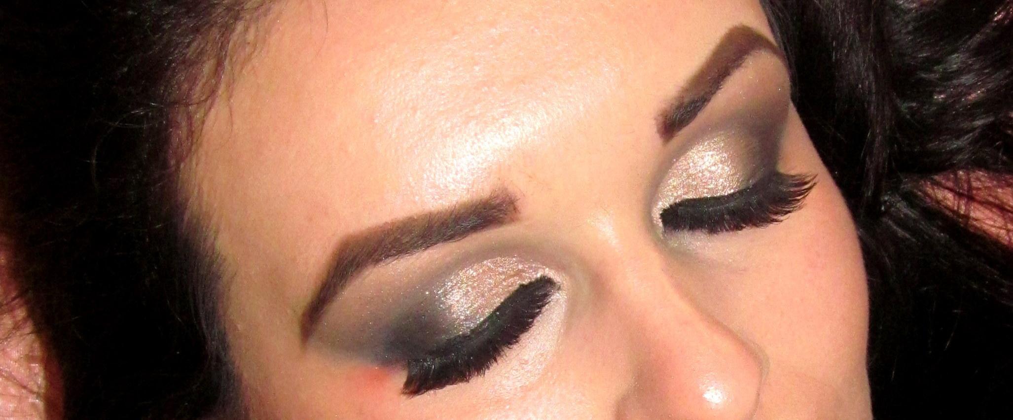 dourado, esfumado, brilho maquiagem  maquiador(a)
