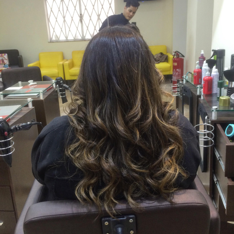mechas, luzes, castanho iluminado, morenas iluminadas, ombré hair cabelo  cabeleireiro(a)