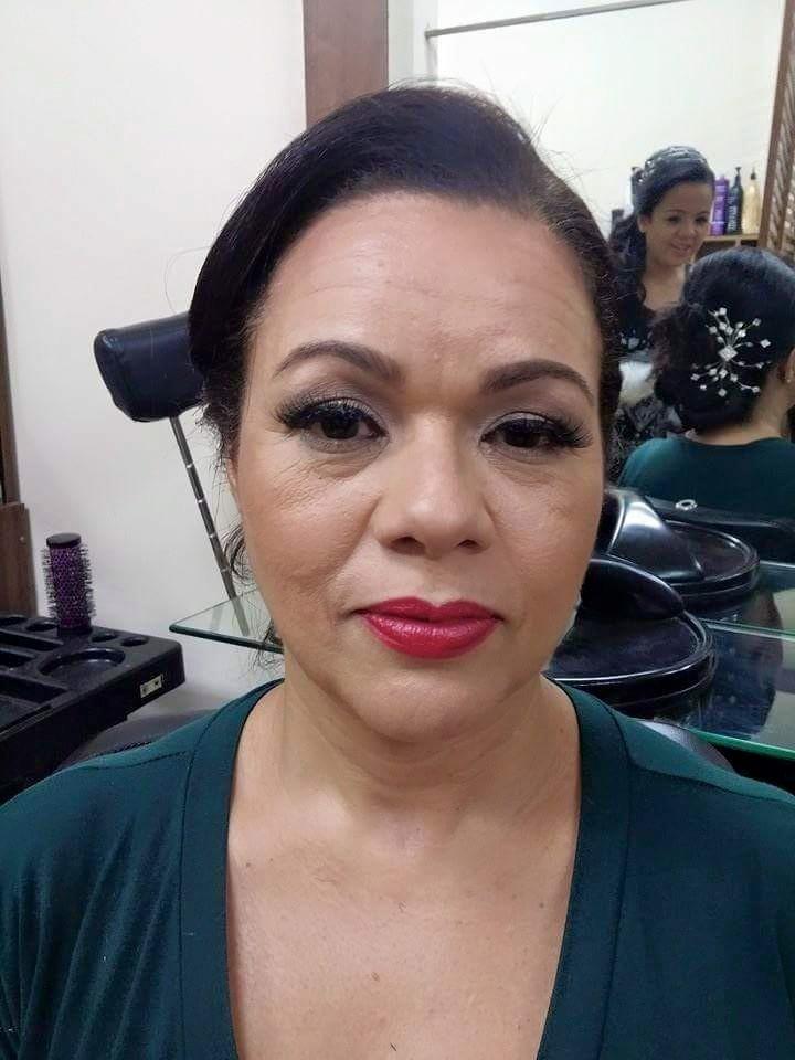 #makeupbyme #makeup  #pelemadura #classicmakeup #batomvermelho #cíliospostiços #maquiagem maquiador(a)