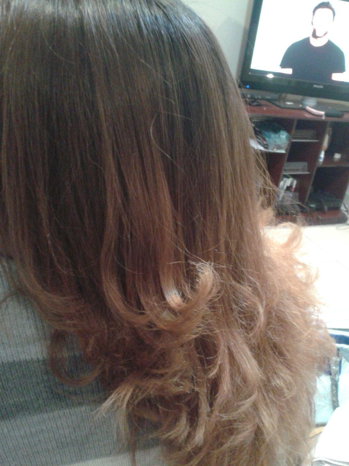 Cliente Denise auxiliar cabeleireiro(a) cabeleireiro(a)