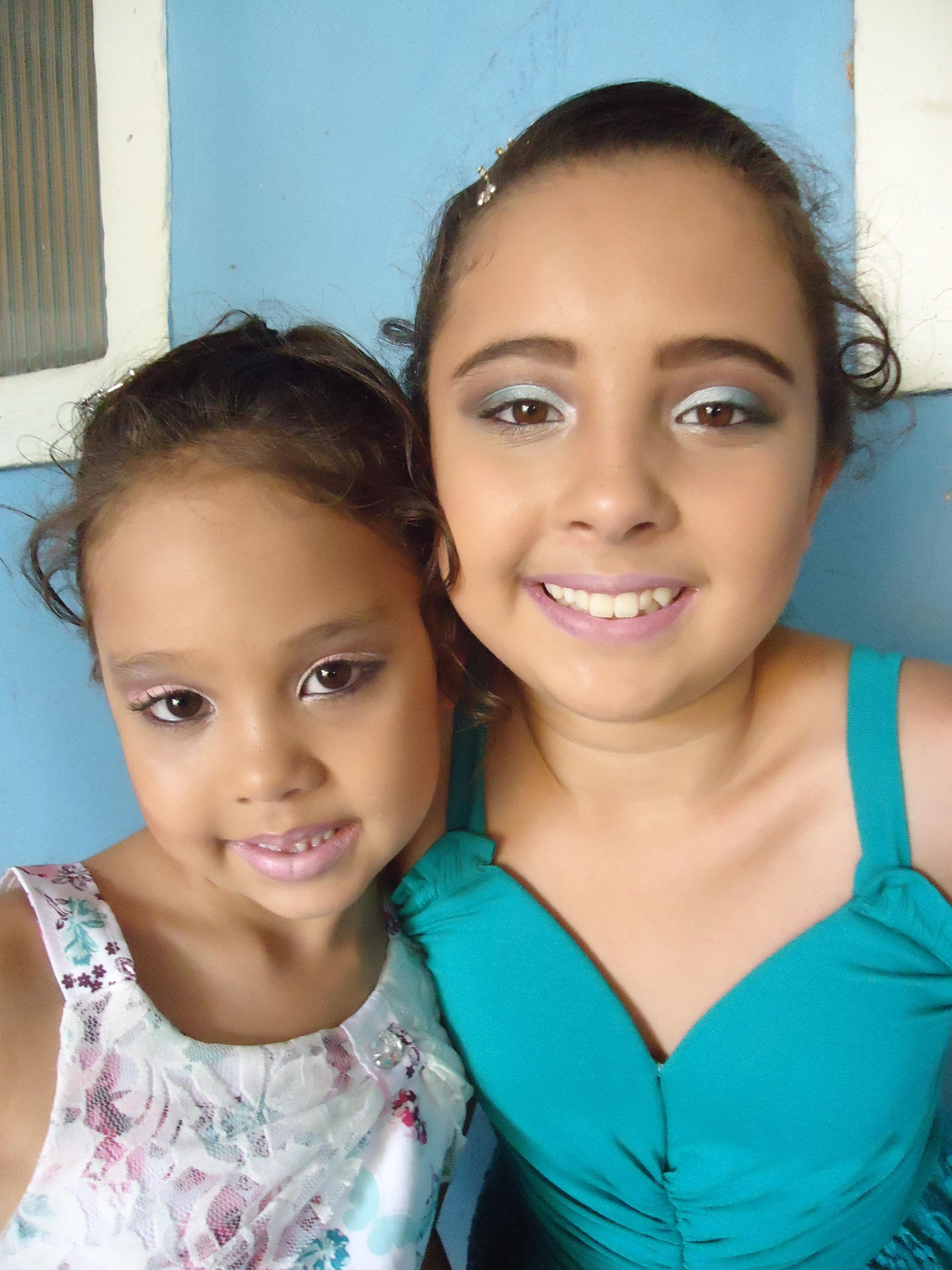 maquiador(a) maquiador(a)