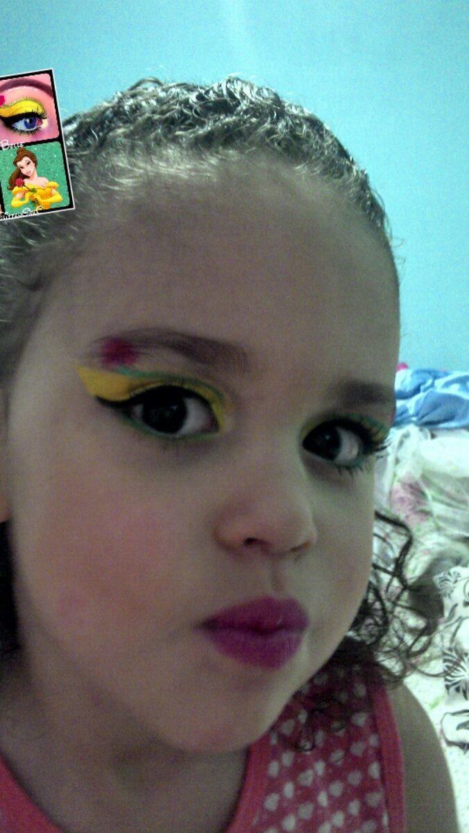 maquiador(a) vendedor(a) designer de sobrancelhas