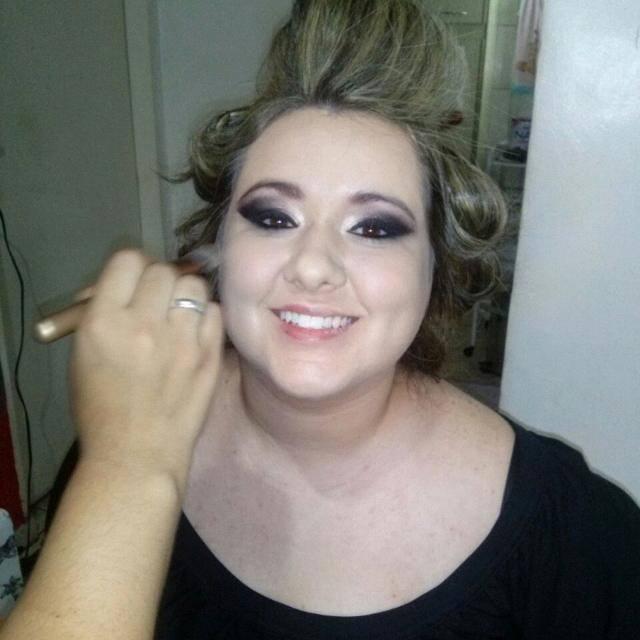 Maquiagem madrinha de casamento recepcionista