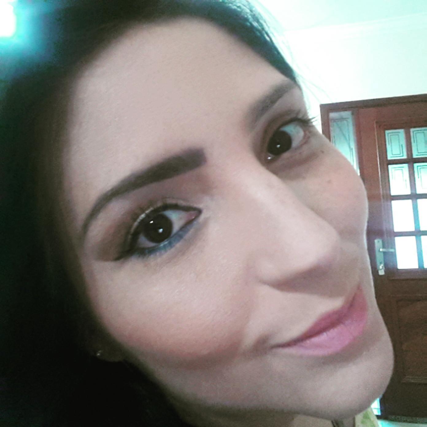 #Makeupbyfreitasmari #instamakeup #cosmedic #cosmedcs  #fashion #instagood #beautiful  #maquillaje #linda #festa #debutante #madrinha #social #noiva #balada #antesedepois  maquiador(a)