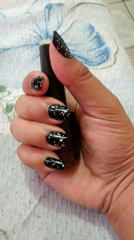 Linda  manicure e pedicure
