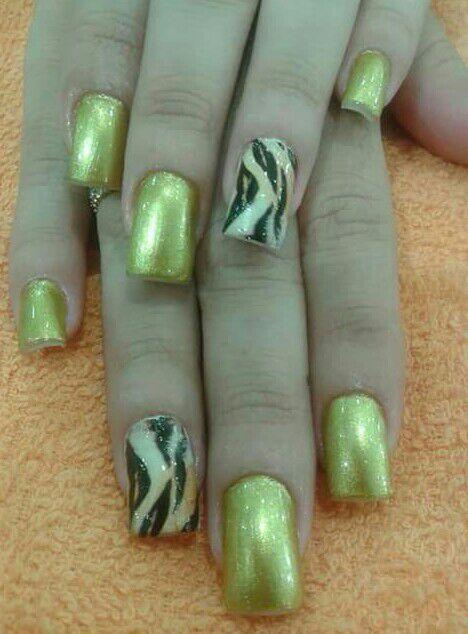 manicure e pedicure adesivete