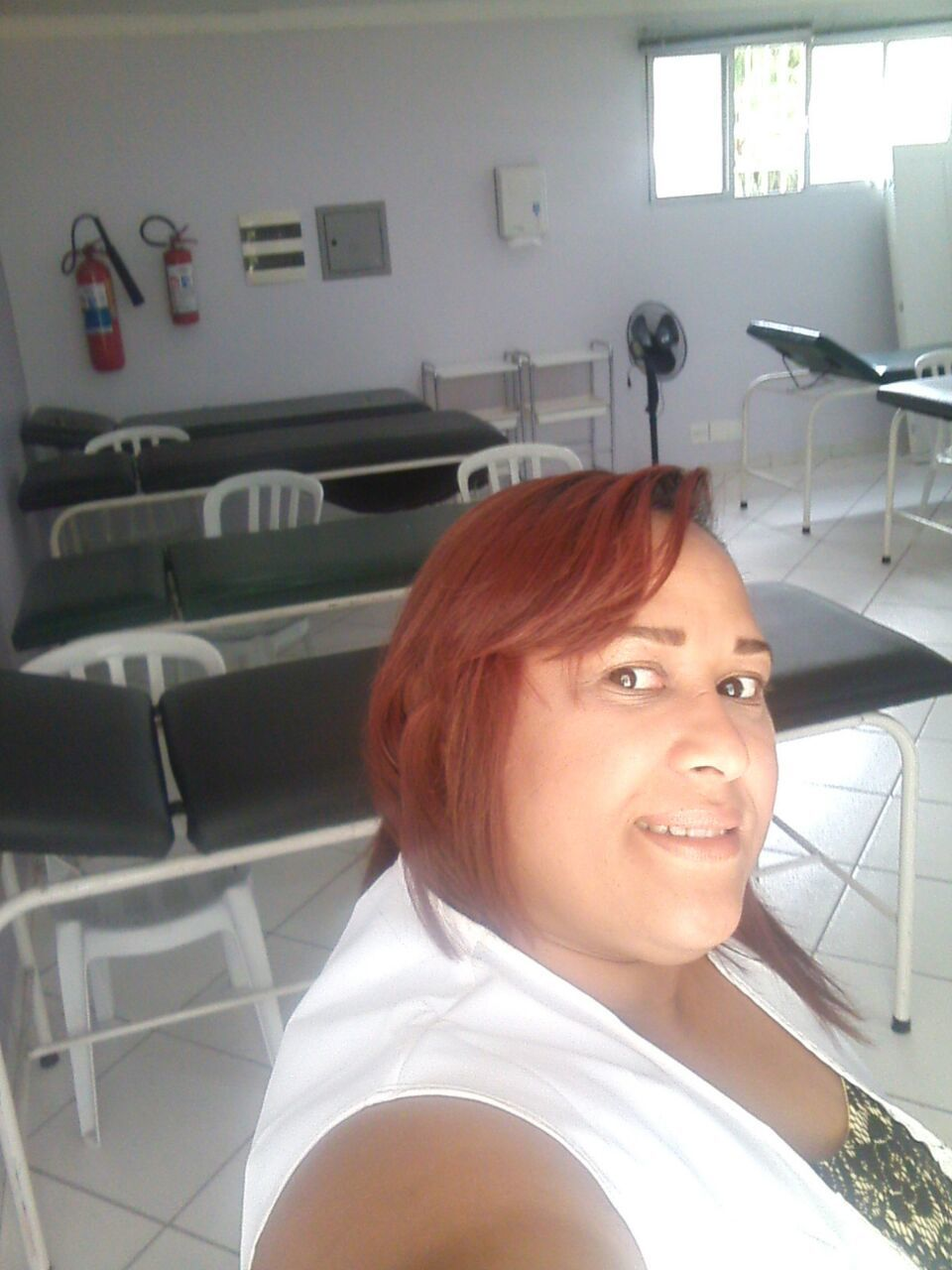 CURSOS SALA DE MASSAGENS  esteticista massoterapeuta