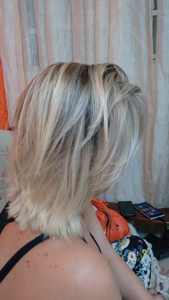 Ombre hair com desmarcação de raiz . auxiliar cabeleireiro(a) auxiliar administrativo
