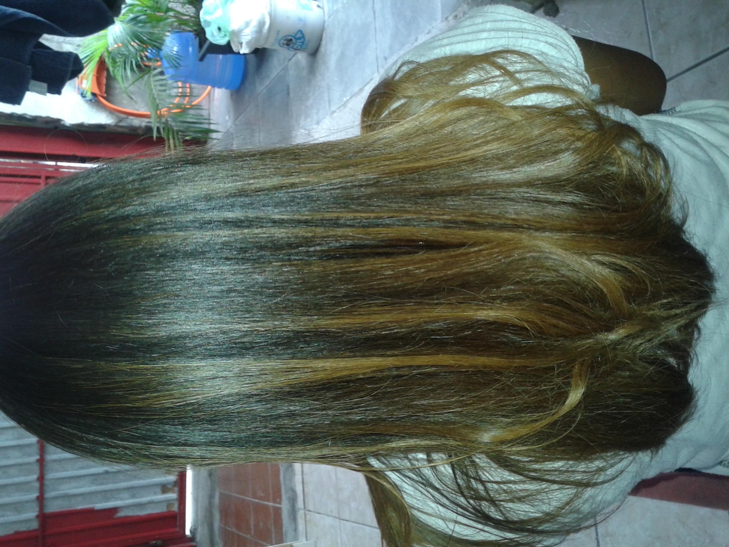 #minhaprogressiva #bycris que fiz na minha vizinha um cabelo bastante volumoso e muito ondulado e nunca fiz curso ; D estudante (cabeleireiro) auxiliar cabeleireiro(a) auxiliar administrativo gerente estudante