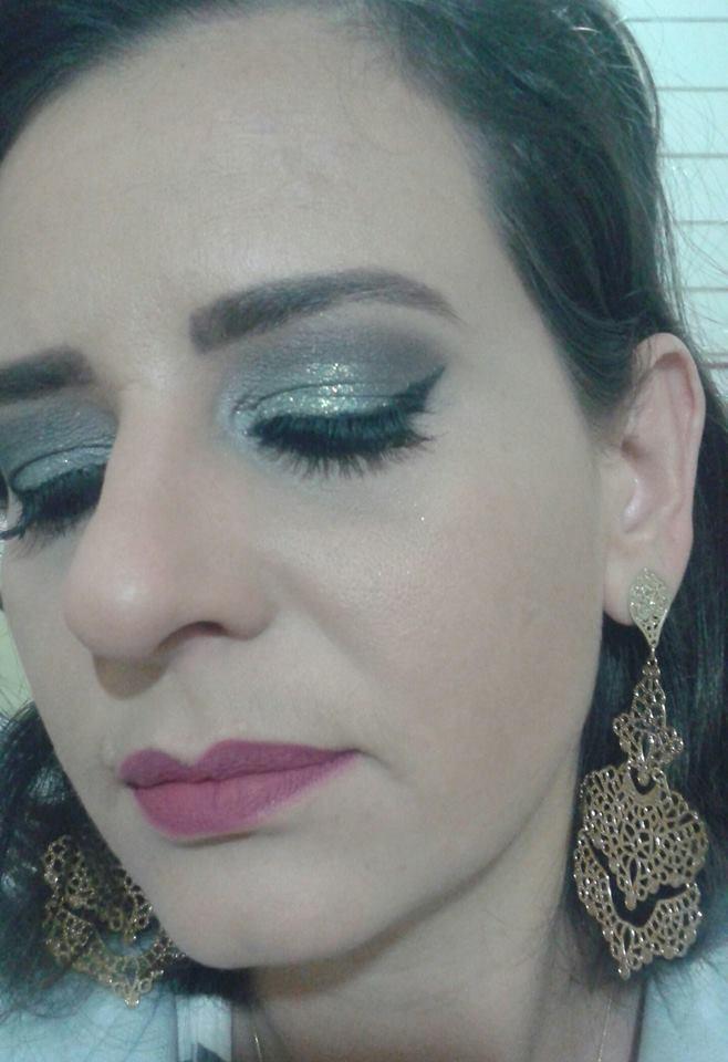#makeazul#glitter#delineadogatinho designer de sobrancelhas micropigmentador(a)