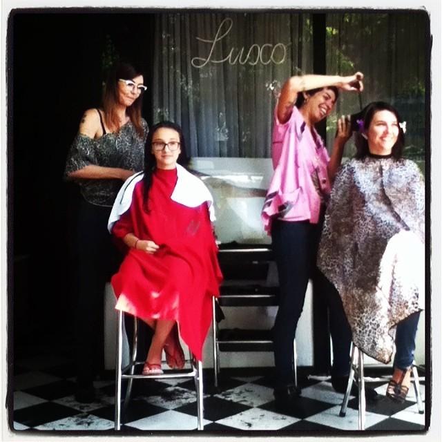 cabeleireiro(a) maquiador(a) stylist /visagista barbeiro(a)