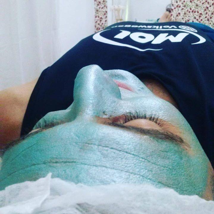 Homens também precisam de cuidados com a pele, LIMPEZA DE PELE MASCULINA CLIENTE FÁBIO DA MOL! MÁSCARA DE MALAQUITA (Ideal para peles estressadas, detox, energizante, têm ação antioxidante) esteticista