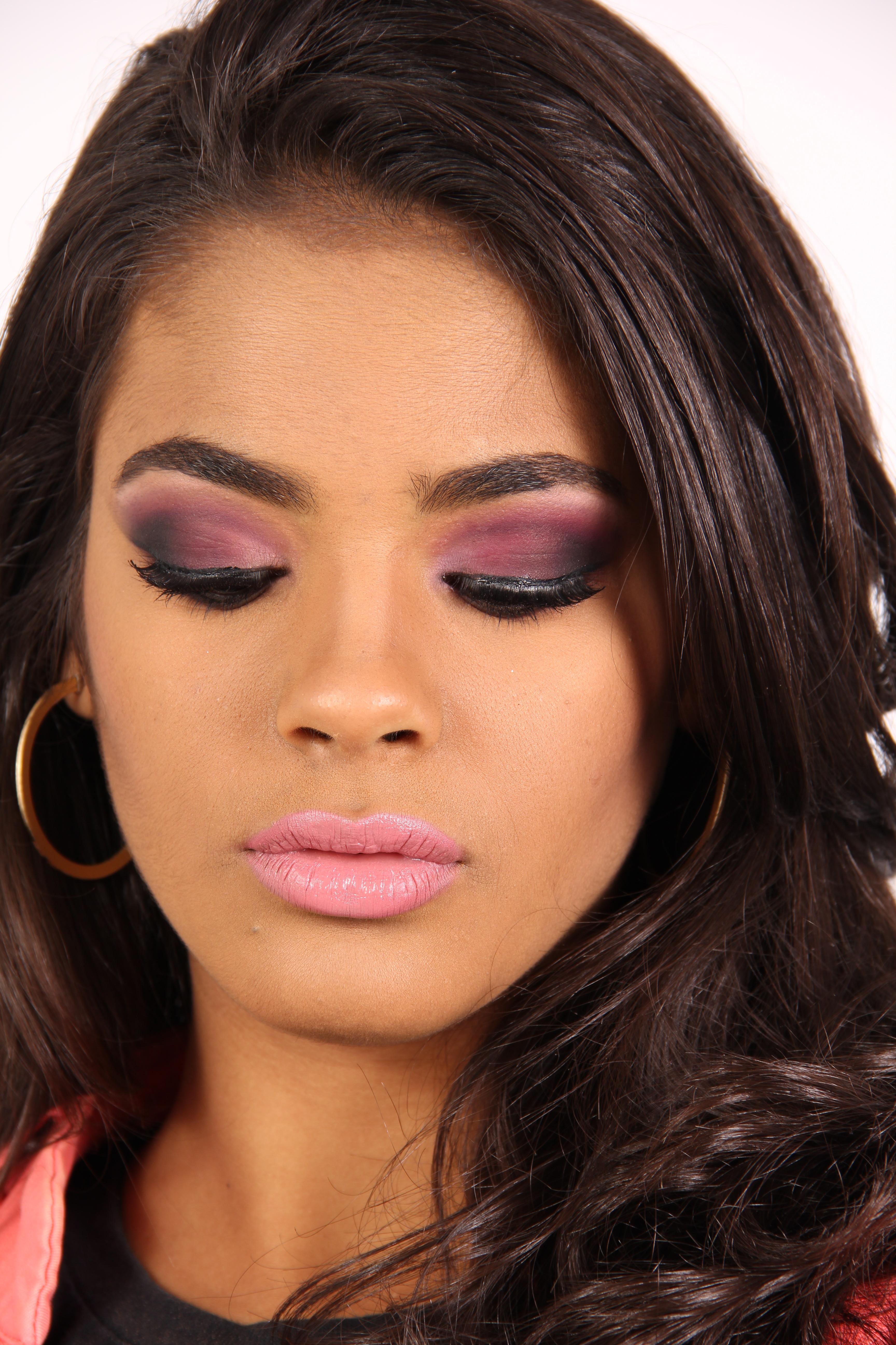 #maquiagem #maquiadora #makeuplover #beauty #beleza #catharinehill #ch #catharinehillmakeup  maquiador(a) assistente maquiador(a) designer de sobrancelhas
