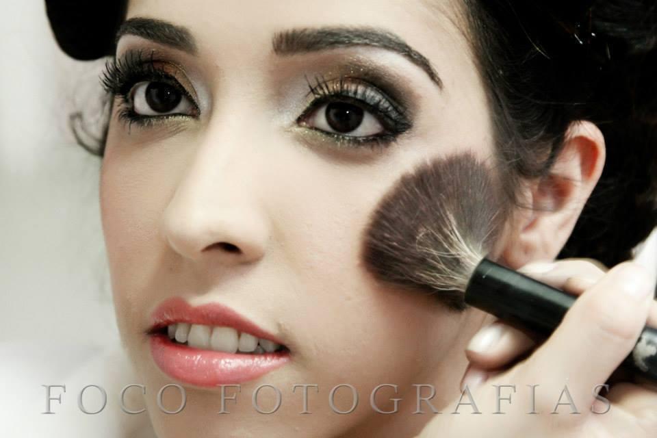 maquiador(a) designer de sobrancelhas micropigmentador(a) maquiador(a)