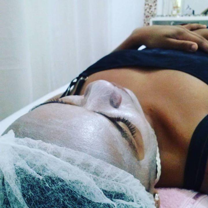 Cliente Maryana Querino! LIMPEZA DE PELE + MÁSCARA DE DIAMANTE (hidratação e longevidade celular e restaura os sinais da juventude)  esteticista
