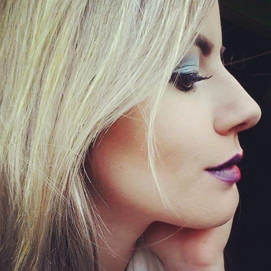 #make maquiador(a) designer de sobrancelhas consultor(a)