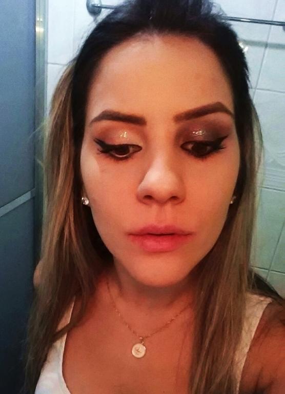 #make #glitter #delineado maquiador(a) designer de sobrancelhas consultor(a)