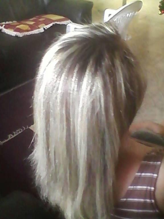 cabeleireiro(a) depilador(a)