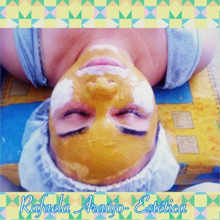 Hidratando é clareando, argila amarela excelente para rejuvenescimento e a argila branca francesa com alto poder clareador!!! #rafaelaaraujoestetica #hidratacao #rosto #melasma #clareador  #estetica #recife #beleza #mulher #atendimentovip #vip #atendimentoemdomicilio #fazcaraderica  esteticista massagista maquiador(a)