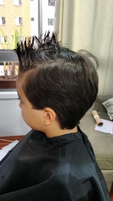 cabeleireiro(a) designer de sobrancelhas depilador(a)
