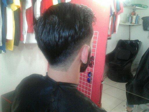disfarce degrade com barba cheia  cabeleireiro(a)