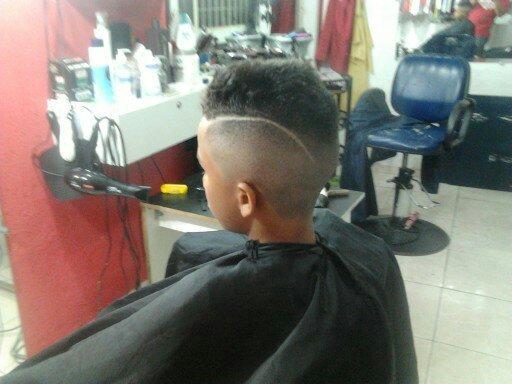 degrade com risca cabeleireiro(a)
