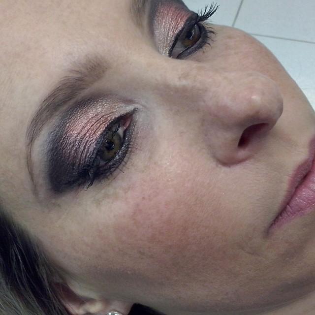 maquiador(a) designer de sobrancelhas dermopigmentador(a)