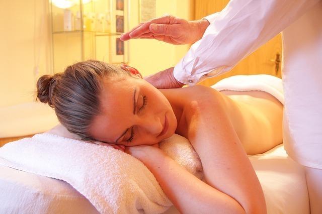 Drenagem linfática e facial Modeladora Massagem relaxante massoterapeuta designer de sobrancelhas depiladora micropigmentador(a) esteticista
