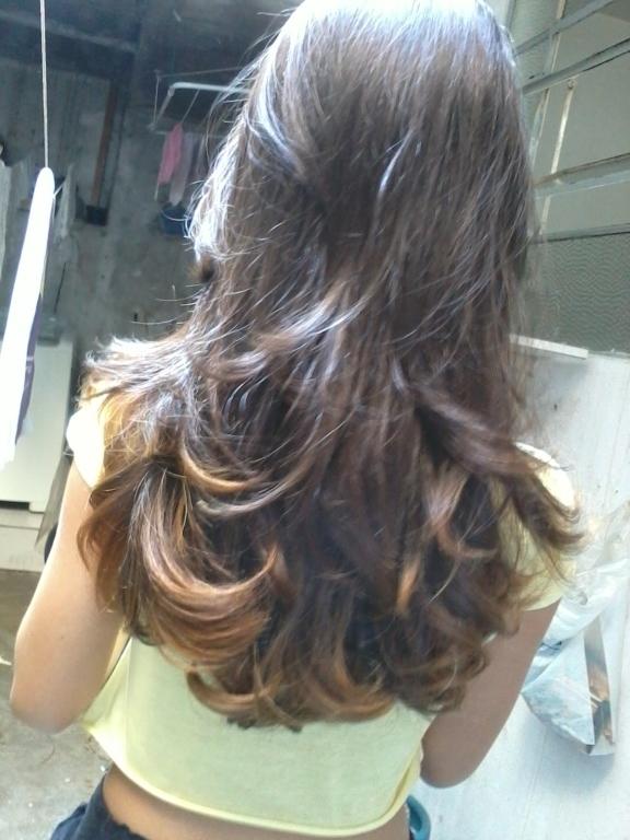 Corte e hidratação cabeleireiro(a)