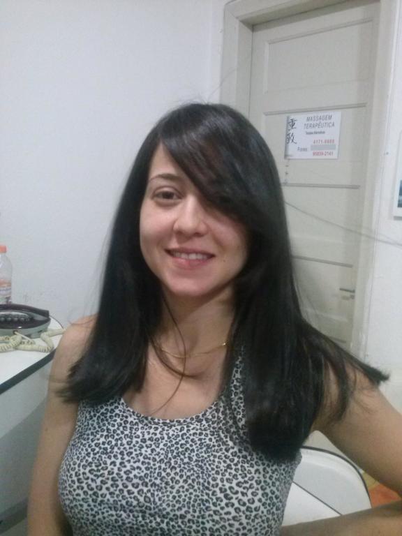 Redução de volume e corte cabeleireiro(a)