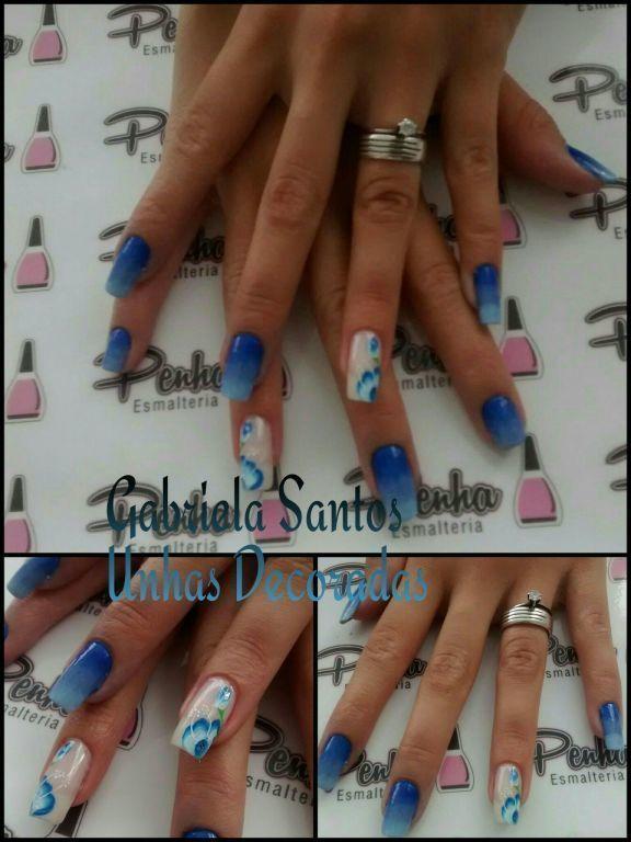 Unhas Decoradas com #Degradê de esponja e filha única Flor Mexicana. #Decorada_a_Mão #NailArt #GabrielaSantosUnhasDecoradas manicure e pedicure