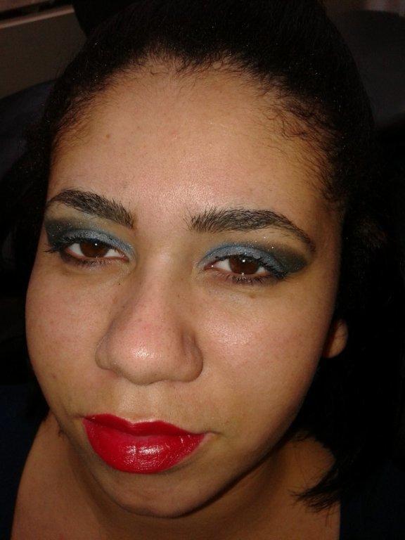 Eu maquiei essa pessoa maquiador(a)
